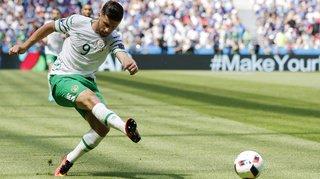 Record en Premier League: l'attaquant irlandais Shane Long marque après 7 secondes de jeu