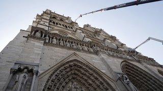 """Incendie de Notre-Dame de Paris: la cathédrale est """"quasi sauvée"""""""