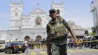 Explosions au Sri Lanka: dizaines de morts et de nombreux blessés dans des hôtels et des églises