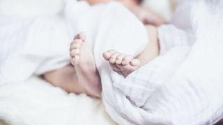 Japon: un bébé garçon, né pesant 258g, va quitter l'hôpital