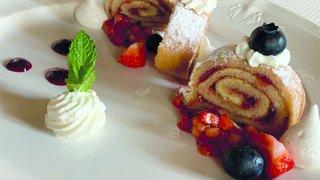 Roulade aux fraises et au vinaigre balsamique