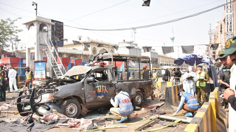 Dix morts dans un attentat