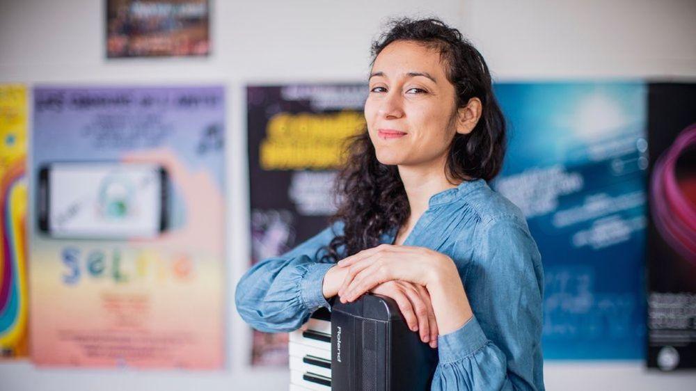 Johanna Hernandez, 37 ans, est une hyperactive de la musique.