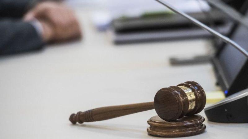 France voisine: une femme tente de s'immoler devant le tribunal