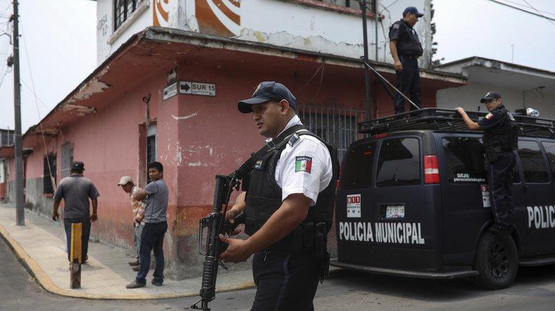Mexique: 35 cadavres découverts dans des fosses clandestines