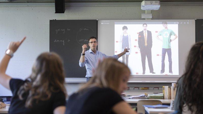 Education: les enseignants suisses font toujours trop d'heures supplémentaires