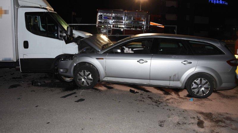St-Gall: 3 ados volent une voiture, provoquent un accident et finissent à l'hôpital