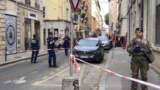 France: une explosion dans une rue piétonne à Lyon fait une dizaine de blessés, un homme recherché