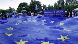 Elections européennes: 427 millions d'électeurs appelés aux urnes, percée de l'extrême-droite attendue