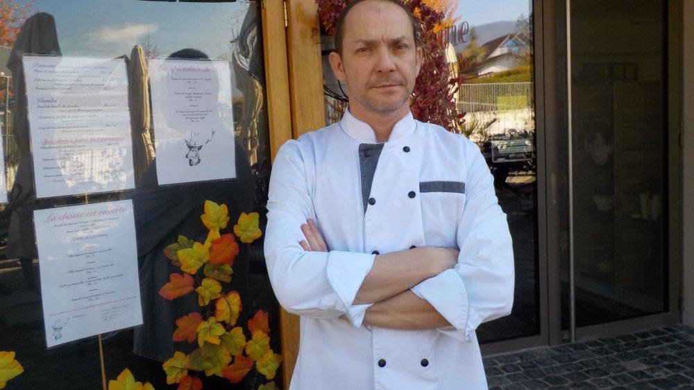 David Boulard est venu de Crassier pour exploiter le nouveau restaurant La Ferme, à Borex, il y a un peu moins de quatre ans. Il a approché la commune pour discuter d'une éventuelle reprise.