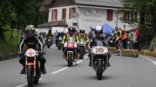moto030_web