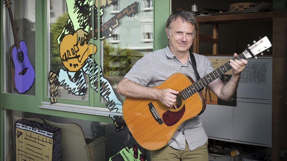 Claude Voit ouvre les portes de son local de cours de guitare, à la rue Saint-Jean 1 à Nyon, à ses anciens et futurs élèves, ainsi qu'à tous les curieux.