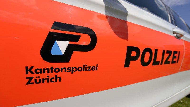 Zurich: des faux policiers soutirent 3,6 millions à une femme