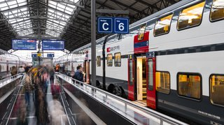 Canicule: les usagers des transports publics vont transpirer