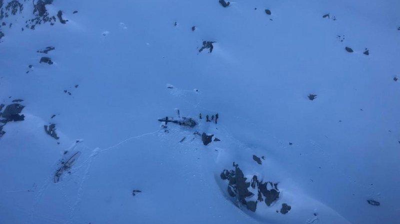 Val d'Aoste: les images dramatiques de l'accident aérien qui a causé la mort de 7 personnes