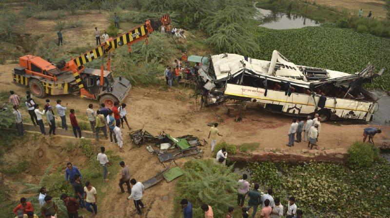Inde: au moins 29 morts et 18 blessés dans un accident d'autocar