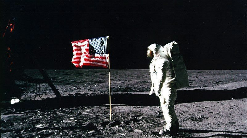 Il y a 50 ans, l'astronaute Neil Armstrong posait le premier sur la Lune.