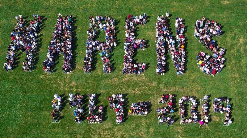 Tous les élèves de Nyon-Marens réunis sur une photo