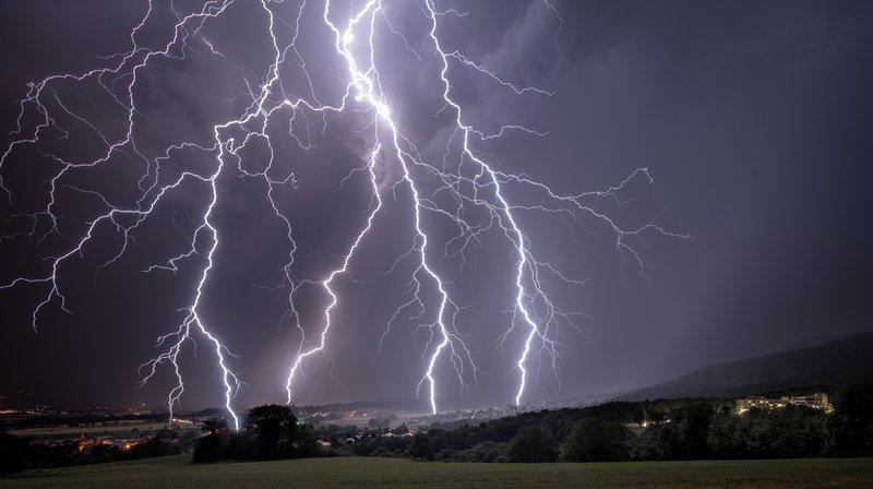 L'orage capturé par Samuel Nugues, sur les hauts de Genolier.
