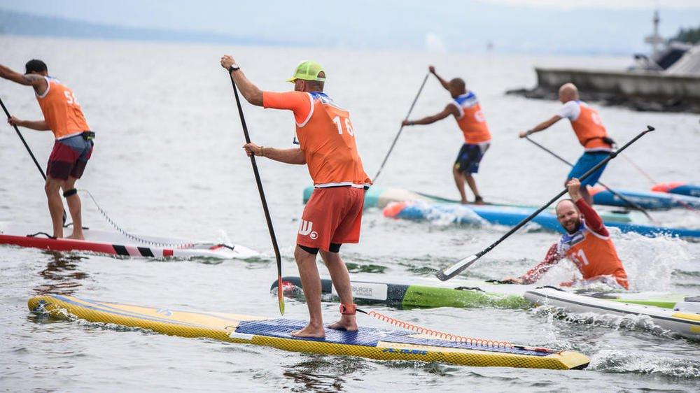 Le stand up paddle devient de plus en plus populaire et le nombre d'accidents augmente en Suisse (photo d'illustration).