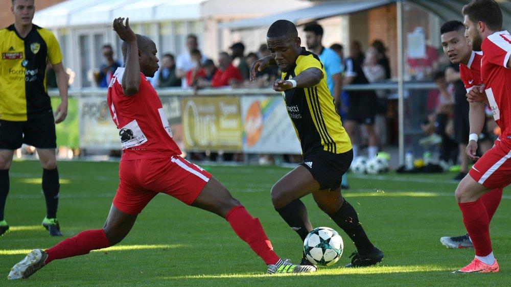 """Dimitri Ngounou quitte la """"deux"""" du Stade pour rejoindre Terre Sainte."""