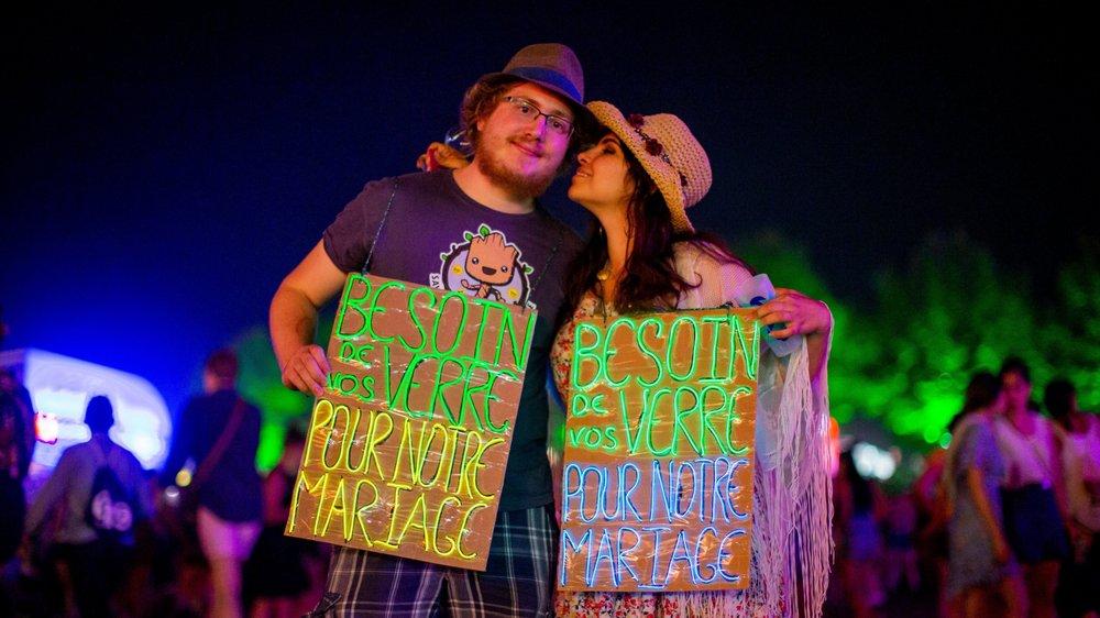 Gaëtan et Céline ont fabriqué des panneaux lumineux pour récolter des gobelets.