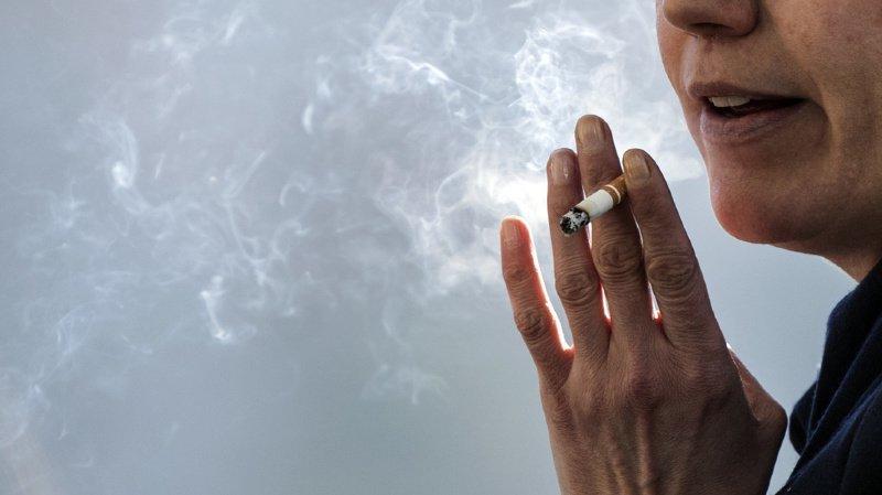 Outre la publicité, la nouvelle devrait aussi encadrer les opérations de sponsorings des cigarettiers (illustration).