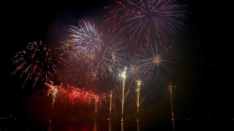 Le feu du 14 juillet tiré depuis la Garonne n'a pas fait... long feu!