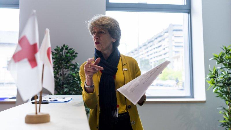 En 2011, elle avait repris la présidence de la Croix-Rouge suisse.
