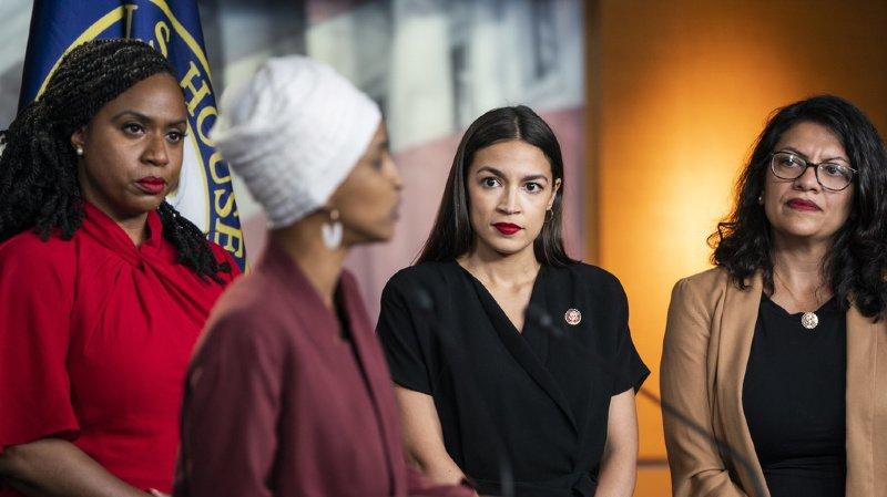 Les 4 élues démocrates, Alexandria Ocasio-Cortez (New York), Ilhan Omar (Minnesota), Ayanna Pressley (Massachusetts) et Rashida Tlaib (Michigan), ont choisi de ne pas se laisser faire après les attaques du président américain Donald Trump.