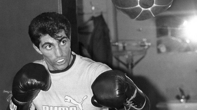 Enrico Scacchia a enchanté les fans de boxe dans les années 80.