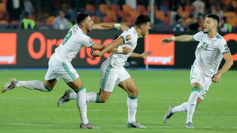 Grâce à une déviation sur le tir de Bounedjah, l'Algérie a pris l'avantage très vite contre le Sénégal en finale de la Coupe d'Afrique des nations.