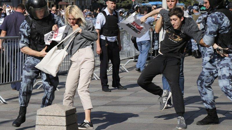 Russie: plus de 1000 personnes arrêtées lors d'une manifestation non autorisée de l'opposition