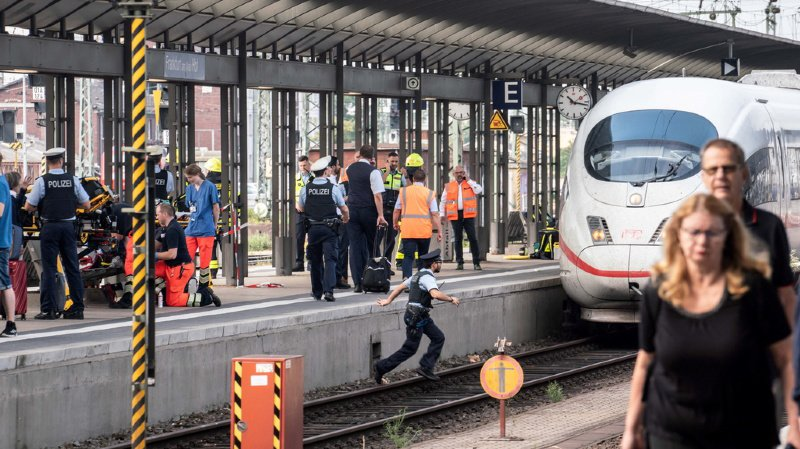 Allemagne: un homme pousse un enfant sous un train à la gare de Francfort, l'auteur vivrait en Suisse