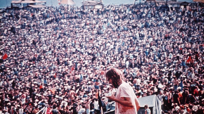 Du 15 au 17 août 1969, plus de 400'000 personnes se sont rassemblées sur les 243 hectares de cette ferme pour vivre trois jours de musique, d'amour et de paix.
