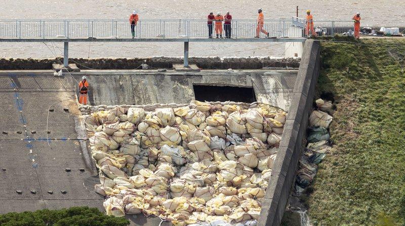 Grande-Bretagne: les habitants de la ville menacée par la rupture d'un barrage peuvent rentrer