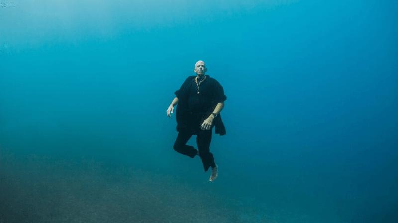 Méditation zen et record suisse de plongée apnée