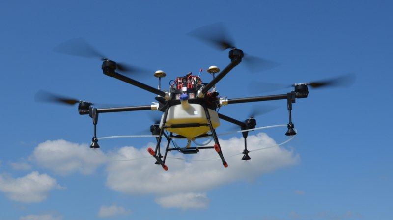 Agriculture: la Suisse devient le premier pays d'Europe à autoriser les drones pulvérisateurs