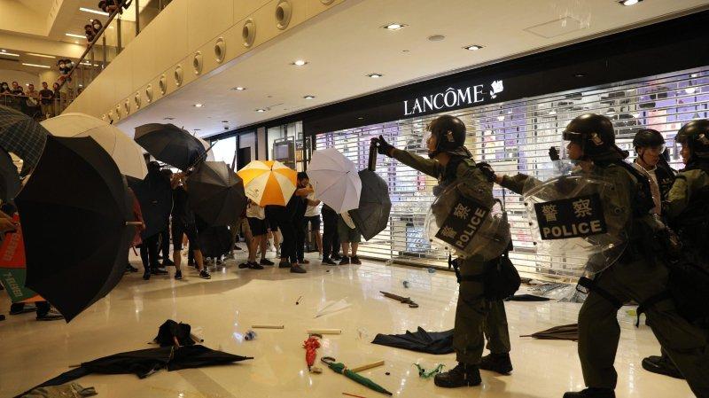 Les ventes du luxe suisse en berne à Hong Kong