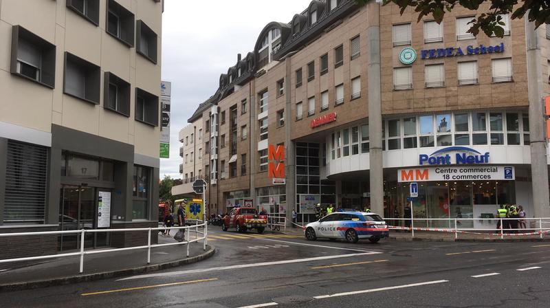 Le centre commercial du Pont-Neuf à Morges a été fermé durant une heure samedi matin, suite à des émanations toxiques.