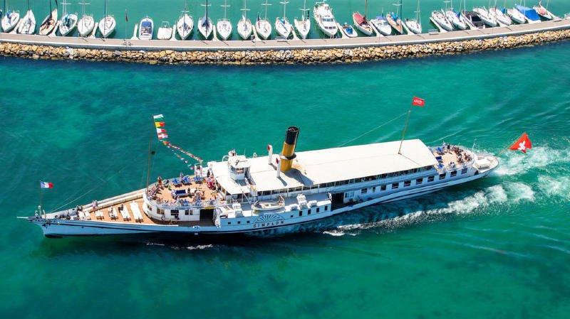 Mayu vous propose de prendre le bateau de la CGN le Simplon.