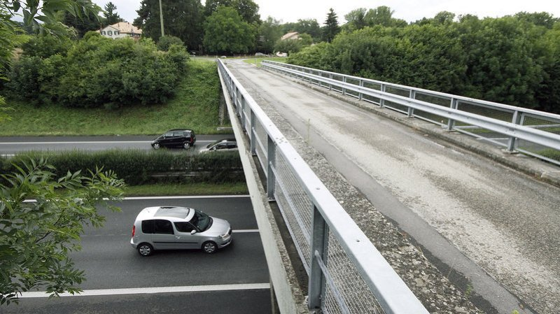 Le pont des Iles fait l'objet d'importantes rénovations.