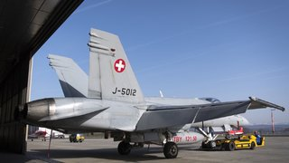 Déflagration en Suisse romande: un jet militaire passe le mur du son