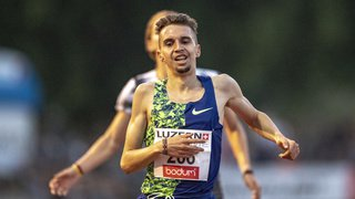 Athlétisme: le Genevois Julien Wanders explose son record suisse sur 10'000 mètres