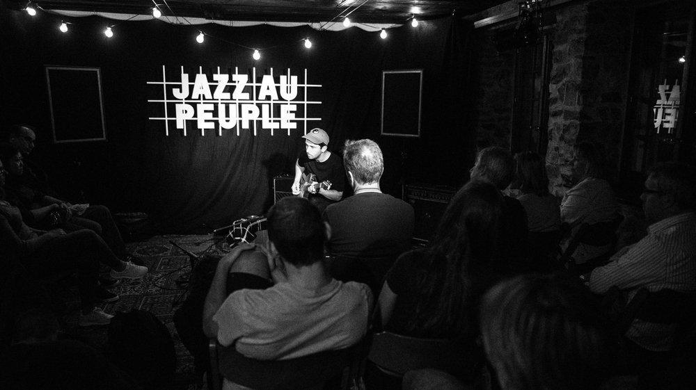 Jazz au Peuple mise sur un jazz de qualité dans un lieu intimiste, comme ici au Vieux Pressoir.