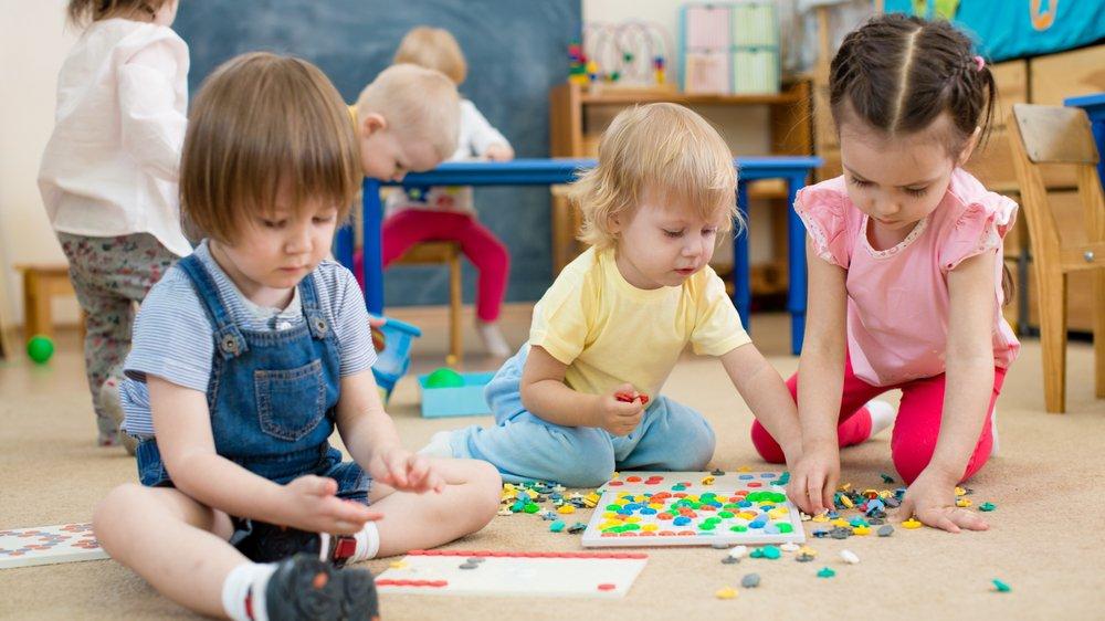 Plusieurs solutions existent pour faire garder vos enfants.