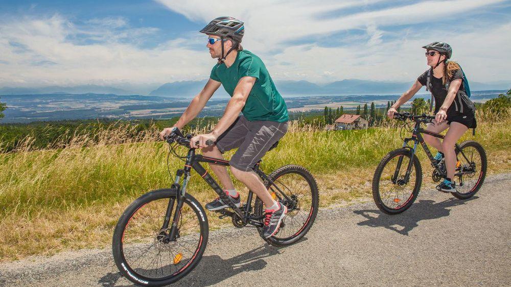 A Bière, une excursion accompagnée à vélo permettra d'explorer les richesses naturelles du pied du Jura à la rencontre de producteurs locaux qui dévoileront leur vision de l'agriculture de demain.