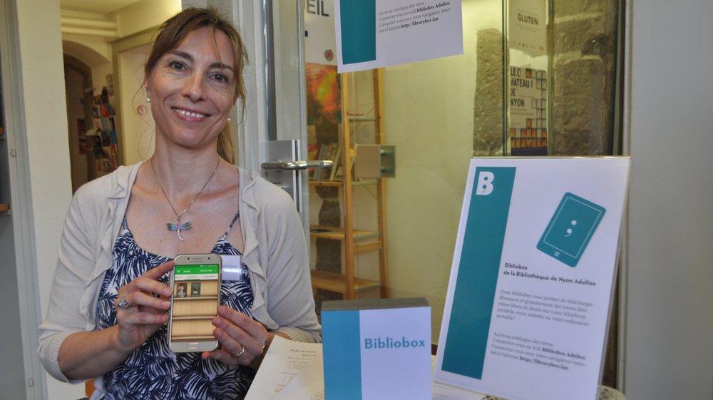 La bibliothèque de Nyon permet de télécharger des œuvres directement sur son ordinateur, tablette ou natel… à l'aide d'une bibliobox! Une idée instiguée par la bibliothécaire Frédérique Butschi.