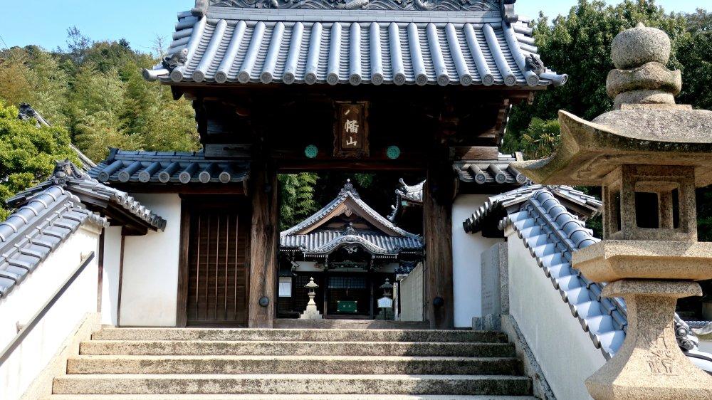 Bouddhisme. Ce temple est l'un des plus photogéniques de Naoshima.