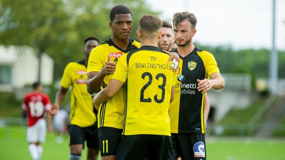 """Les """"jaune et noir"""" ont pu fêter leur victoire comme il se doit samedi soir."""